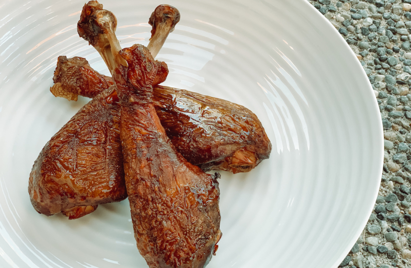 smoked_turkey_legs_perfect_thanksgiving_recipe